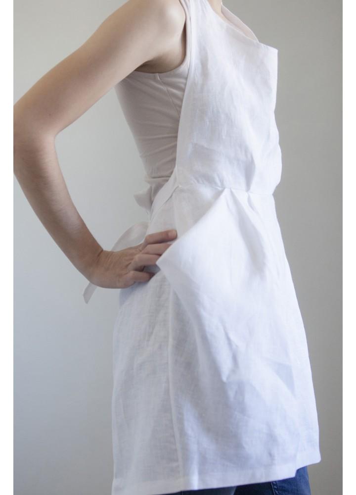 Белый фартук с отлётными карманами
