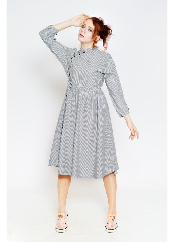 Платье в полоску в восточном стиле