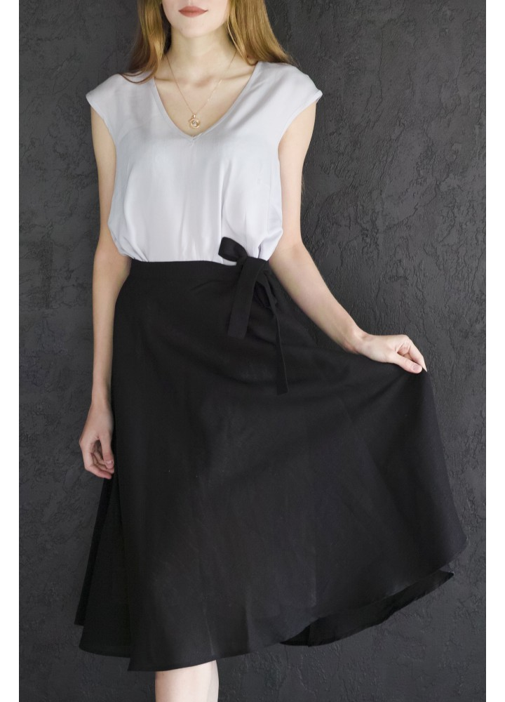 Нижнее платье из вискозы и льняная юбка